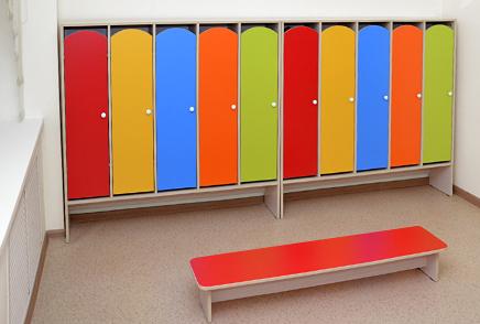 Шкафы для раздевалок в детские сады • Цена в Красноярске